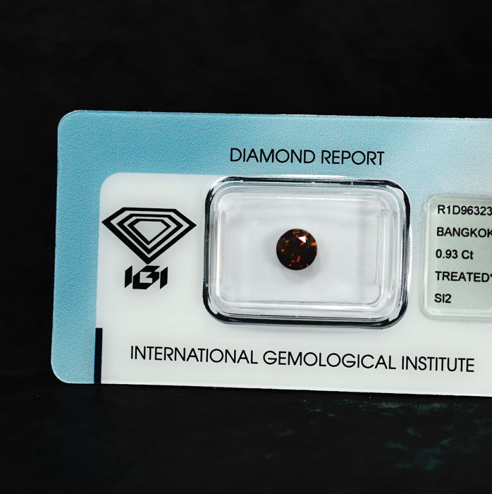 Diamant - 0.93 ct - Briljant - Fancy Intense Orange (treated) - SI2
