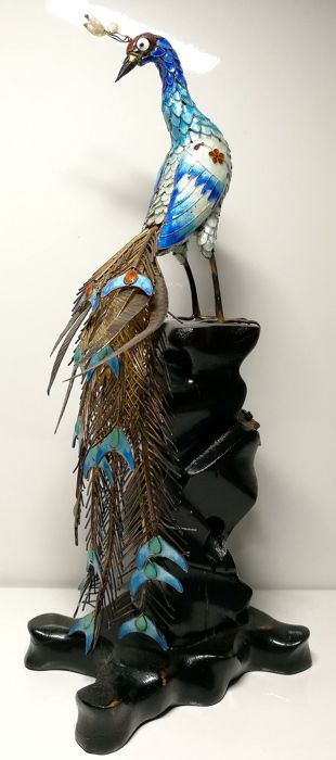 Sculpture Depicting Peacock on Pedestal Enriched with Flowers. - Enamel, Silver gilt, Wood