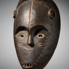 Face mask - Wood - Ngombe - DR Congo
