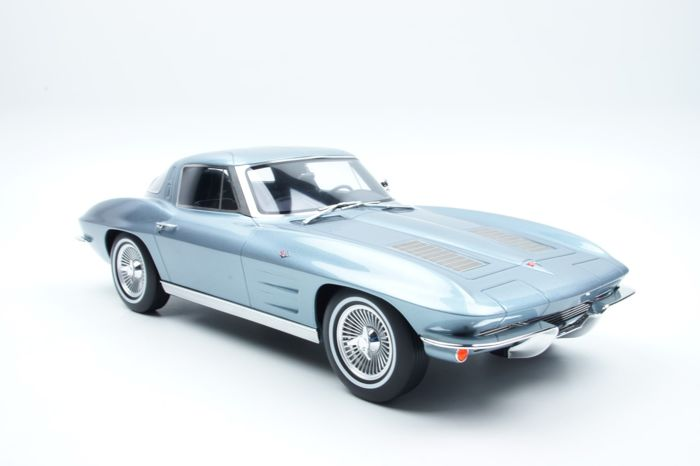 GT Spirit - 1:12 - Chevrolet - Corvette C2 Stingray 1963 Grijs - Catawiki