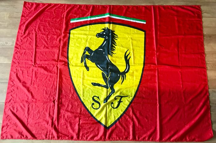 Dekoratives Objekt - Ferrari - Ferrari Idea large flag. Official licensed Accessory. Prancing horse logo.  - 1999