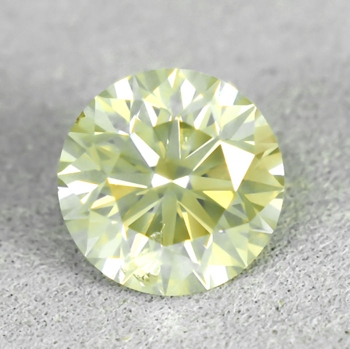 Diamant - 1.53 ct - Briljant - Natural Fancy Light Yellow - Si2 - EXC/VG/EXC