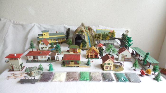 Faller, Noch, Pola H0 - Attachments - Decorated cottages and