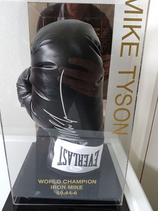 Everlast - Boxing - Mike Tyson - Boxing glove