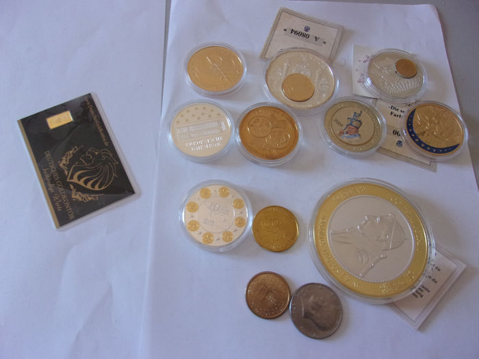 1 grammes   gold & a lot of coins  - Oro