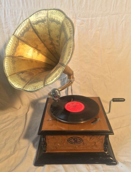 soundmaster - replica - 78 rpm Grammophone player
