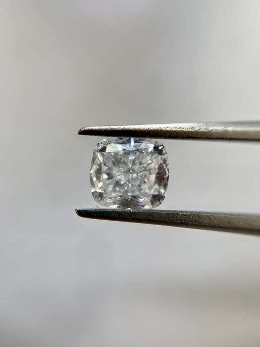 1 pcs Diamond - 0.57 ct - Cushion - D (colourless) - IF (flawless), LC (loupe clean)