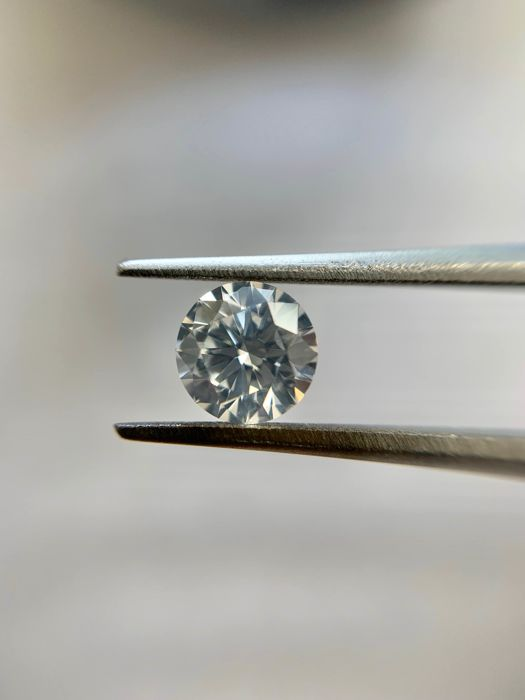 1 pcs Diamant - 0.32 ct - Brillant - F - SI2