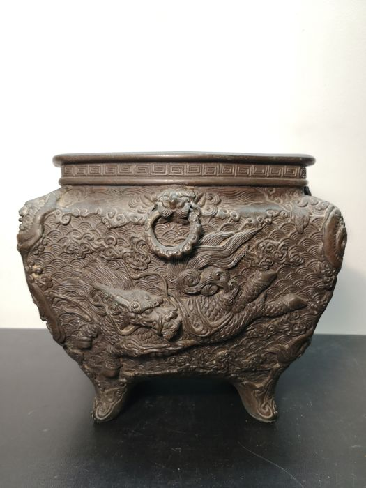 Cache pot - Bronze - Animal, Dragon - Asia - 19th century