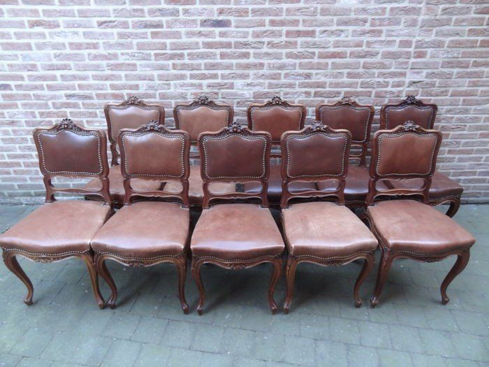 Dining room chair, Dining table - Rococo - Walnut - Second half 19th century