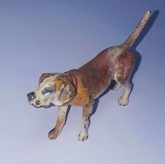 Possibly Foundry Bergman - Hound Dog (1) - Vienna Bronze Cold Painted - First half 20th century