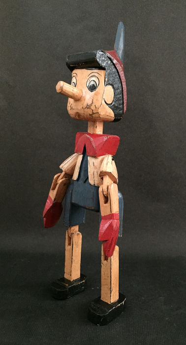 Old wooden doll 'Pinocchio' with movable arms and legs (1) - Wood
