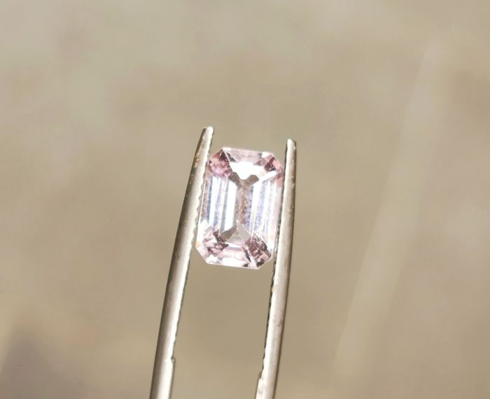 light, Purple Spinel - 1.97 ct