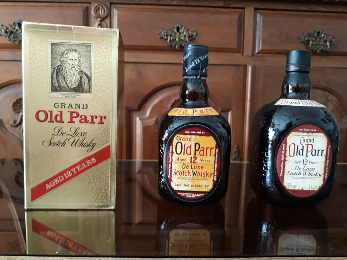Old Parr 12 years old - b. 1970/80s - 75cl & 100cl - 2 flaschen