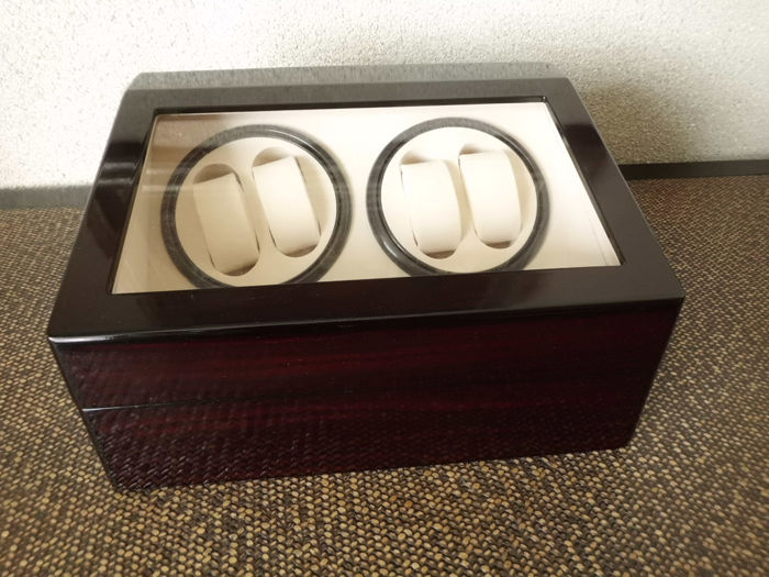 Watchwinder for 4+6 Watches - Unisex - 2019