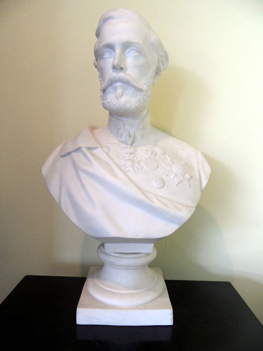 Bust, OSCAR II King of Sweden and Norway - Biscuit Porcelain - Late 19th century