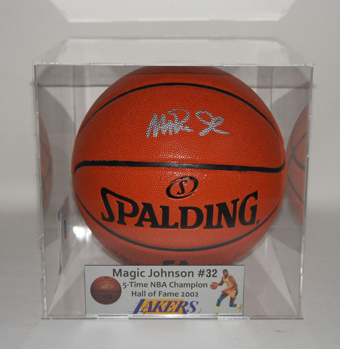 8c85add8f Los Angeles Lakers - NBA Basketbal - Magic Johnson - signed and framed  Soccer Ball in Display case w  Beckett COA
