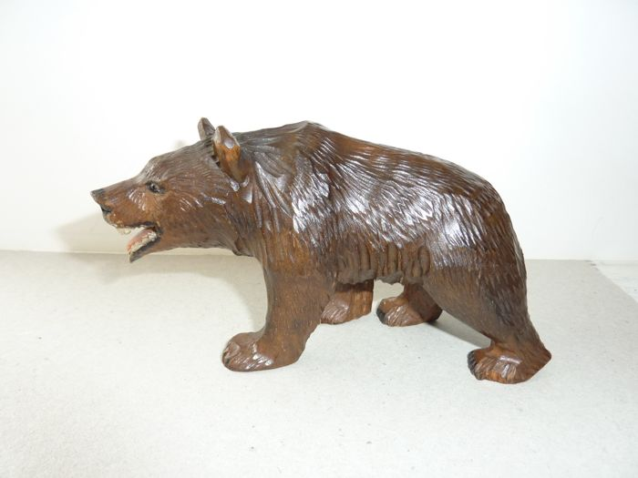 bear, Sculpture (1) - Wood - First half 20th century