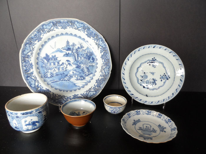 lot (6) - Blue and white - Porcelain - China - 18th century