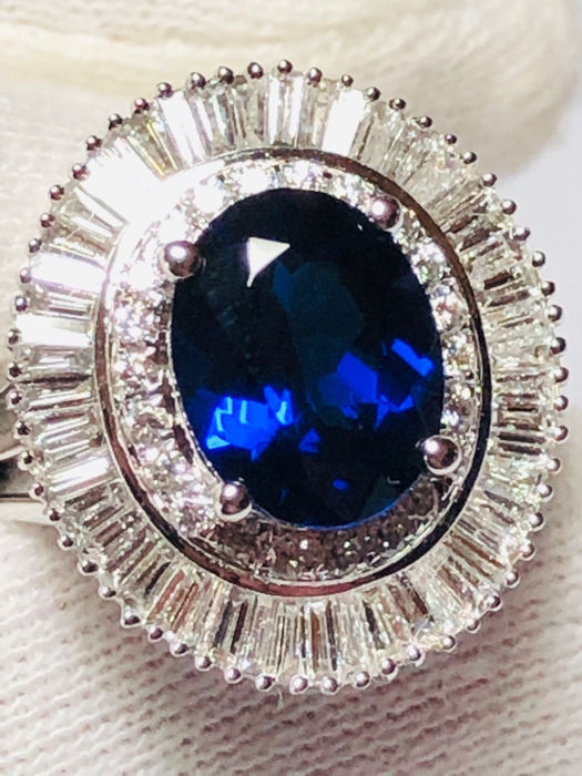 18 kt. White gold - Ring - 2.90 ct Sapphire