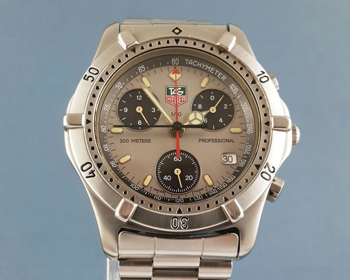 TAG Heuer - Chronograph Professional 200 Meters - CE1111 - Heren - 2000-2010