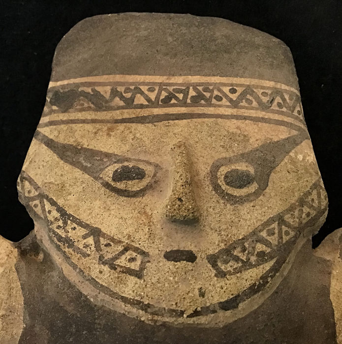 Pottery - Cuchimilco figure - Chancay culture - Peru