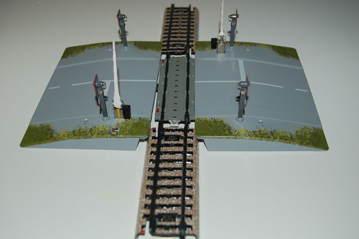 Märklin H0 - 7292M - Attachments - Automatic railway crossing with barriers