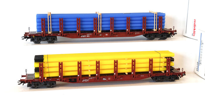 Märklin H0 - 47713/47718 - Freight carriage - Two stake cars with tube charge - DB