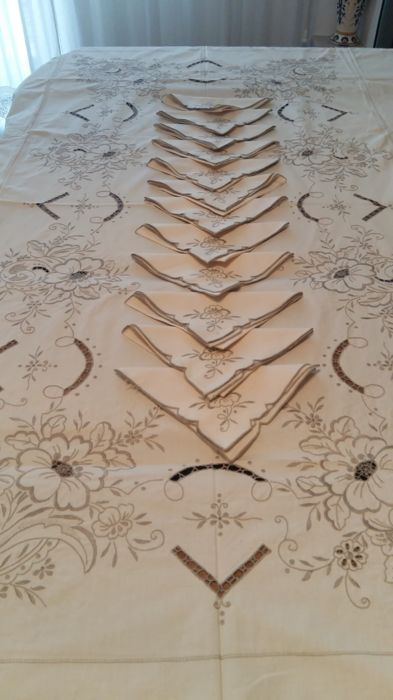 Tablecloth, Madeira embroidery (1) - Cotton