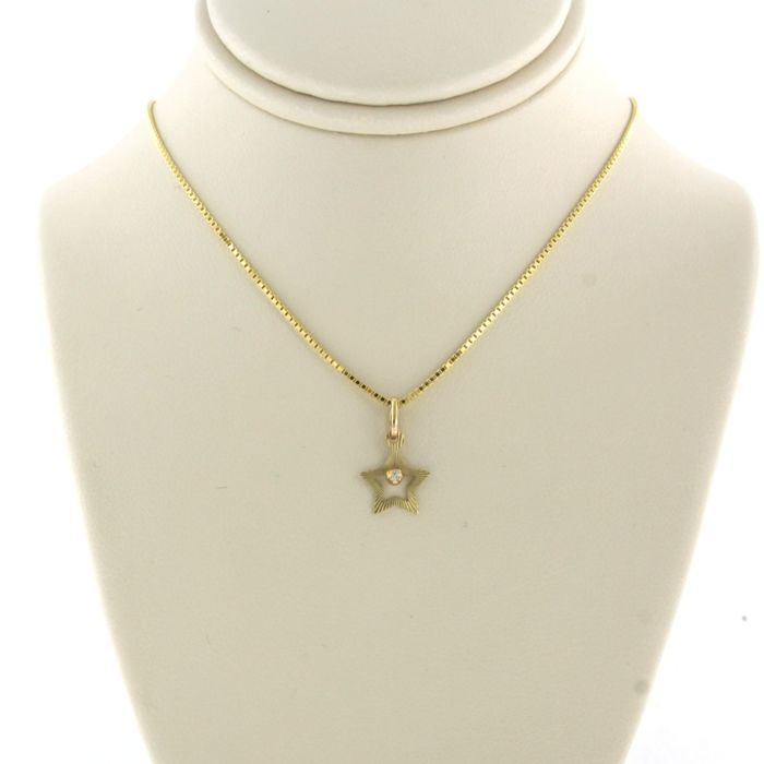 14 kt. Yellow gold - Necklace with pendant - 0.01 ct Diamond