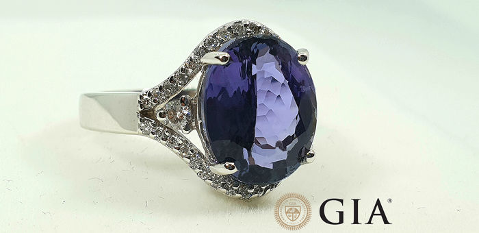 18 karaat Witgoud - Ring - 6.36 ct GIA gecertificeerde Tanzanite - Diamanten