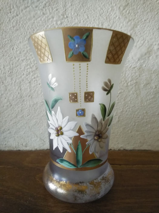 Small Frosted Vase - Enamelled Flowers & Gilding, Daisy - Glass