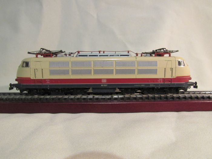 Märklin H0 - 3054 - Electric locomotive - BR 103 TEE - DB
