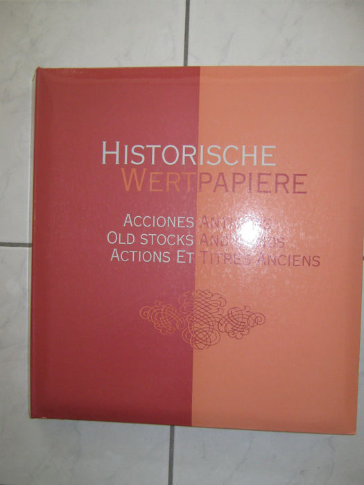 """Historic Securities"" folder with 100 US stocks - Folder of cardboard with coated surface / stocks of paper"