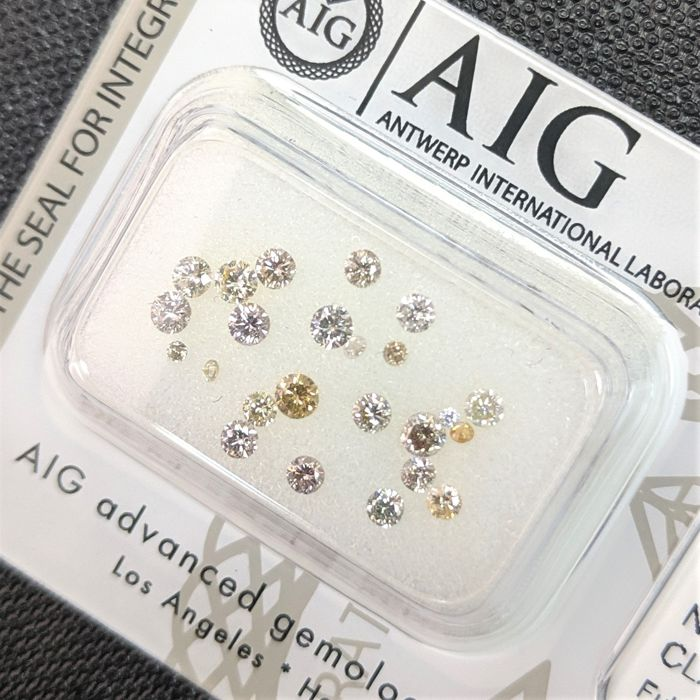 Diamante - 0.71 ct - Brillante - Fancy Mix Colors - No Reserve Price, SI1, SI2, VS1, VS2