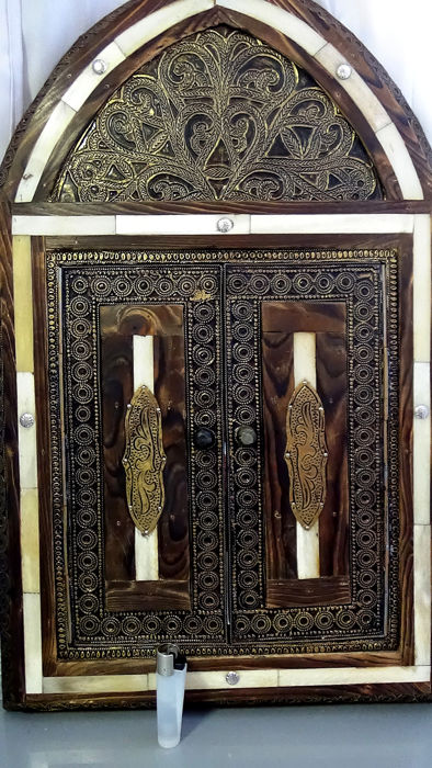 Mirror - wood, metal and bone - Syrian crafts.