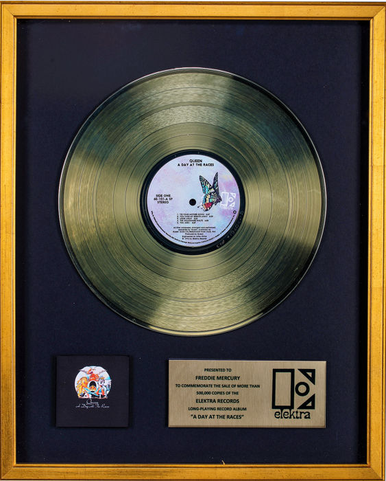 Queen - A Day at the Races - Presented to Freddie Mercury - Offizieller hauseigener Award - 1991