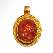 Ancient Roman  Gold and cornelian Pendant, Head of Heracles