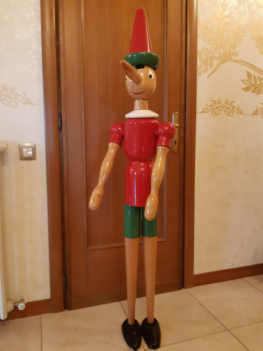 Large Pinocchio puppet Measures 1.40cm - Handcrafted wood by Florentine masters