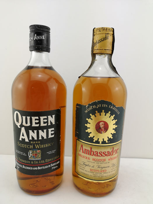 Queen Anne Rare Scotch Whisky & Ambassador Deluxe Scotch Whisky - b. 1960/70s - 75 cl - 2 flaschen