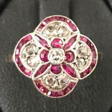 18 kt. White gold, Yellow gold - Ring - 0.48 ct Ruby - 0.26 ct Diamonds ** NO RESERVE PRICE **