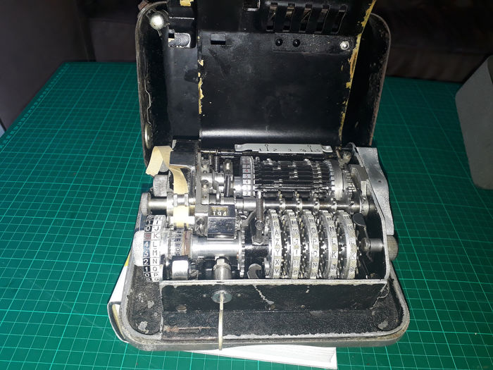 Cryptograph Hagelin C36 - encryption machine - Steel (stainless) - First half 20th century