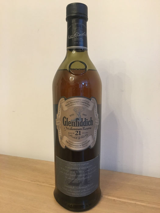 Glenfiddich 21 years old Millennium Reserve Very Rare - b. 1999 - 70cl