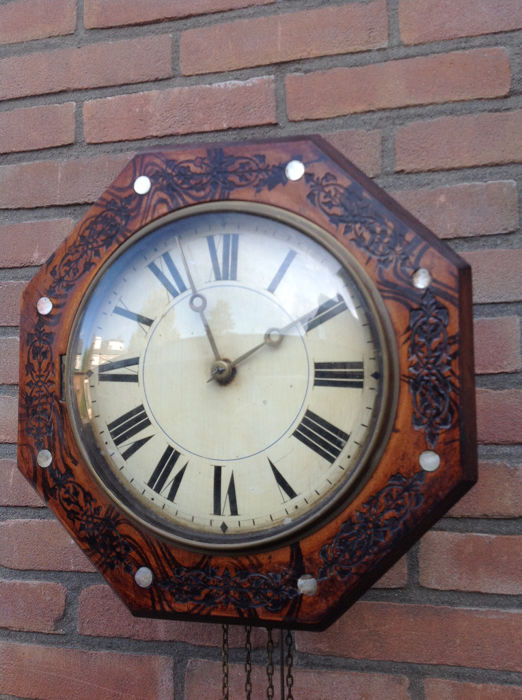 Schwarzwalder wall clock - Wood - 19th century