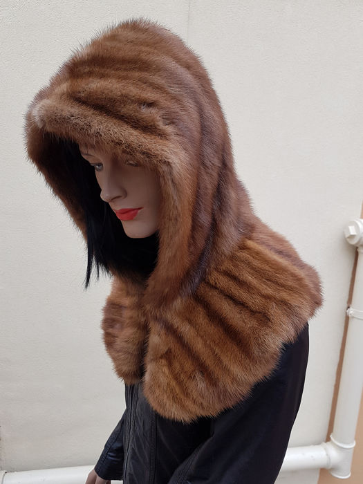 G. & M. FURS   (made in italy) Bontjas