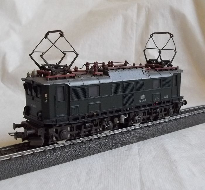 Roco H0 - 4130 - Electric locomotive - BR 144 - DB