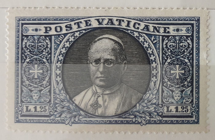 Vatican State and Italy  - (Kingdom and Republic). Collection in 2 stock book