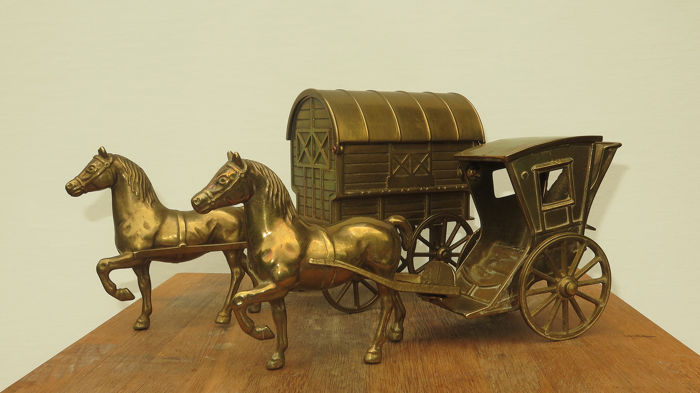 Two horses with carriages (2) - Copper