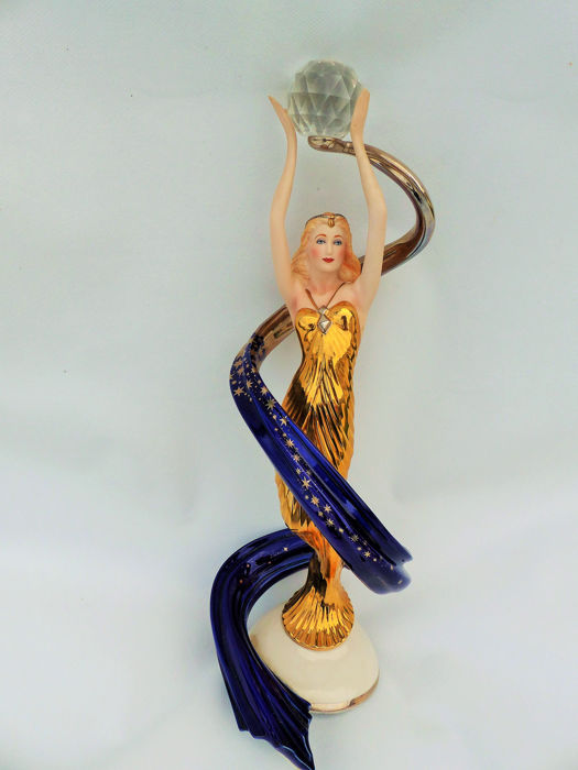 Franklin Mint  - HAND-PAINTED - Fine porcelain sculpture of high quality (1) - Art Deco - Fine porcelain