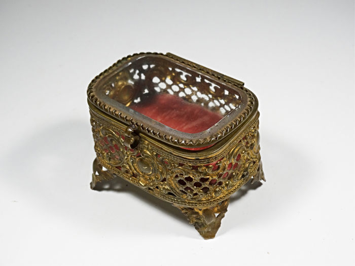 Antique Faceted Jewelery Box Approx. 19th Century - Victorian Style - Brass, Crystal - Late 19th century